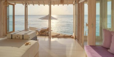 Water-Retreat-bedroom-with-view-by-Stevie-Mann